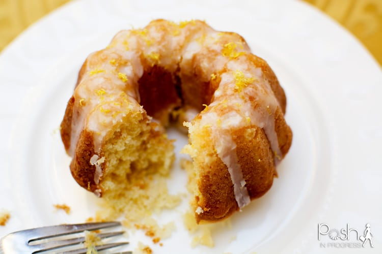 mini-lemon-bundt-cakes-00