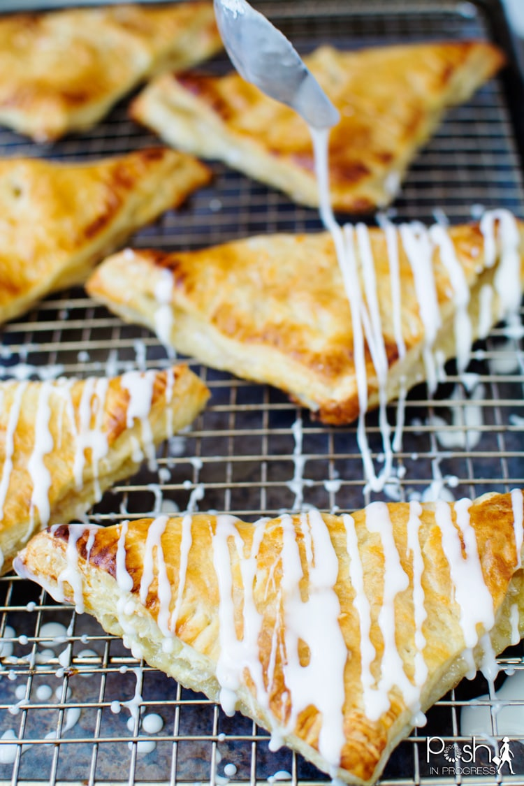 quick-easy-peach-turnovers-recipe