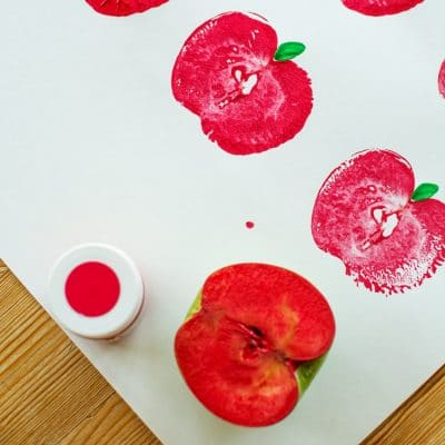 How to Make Apple Stamps, A Fun Back-to-School Craft