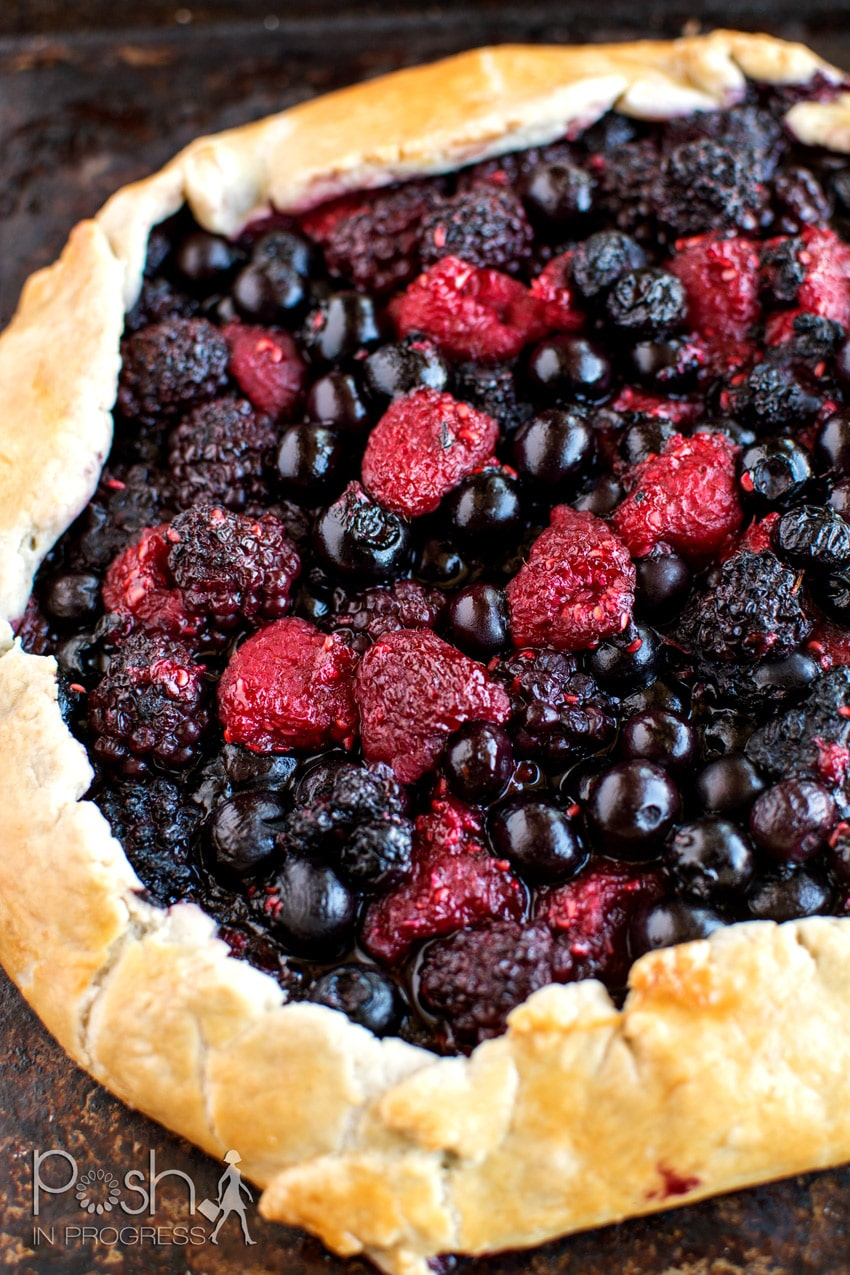 mixed-berry-galette-with-the-best-pie-crust-04