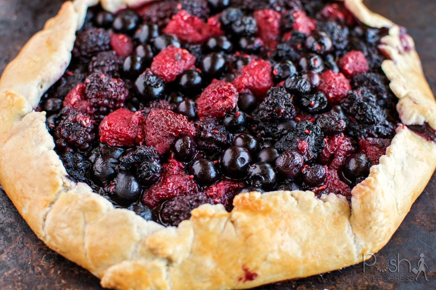 mixed-berry-galette-with-the-best-pie-crust-05