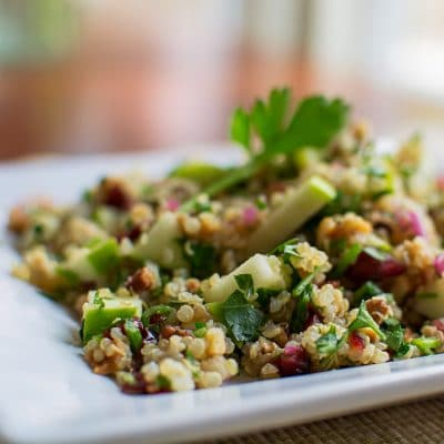 This Vegetarian Quinoa Salad Recipe Makes the Best Week-Day Lunch