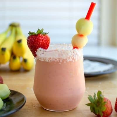 How to Make this Kid-Friendly Greek Yogurt Smoothie