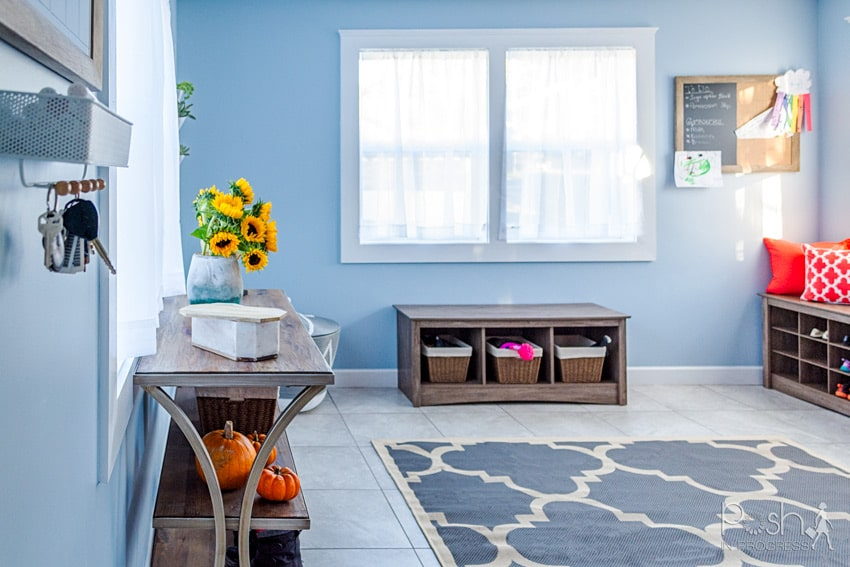 10 Mudroom Ideas to Make Your Entryway Colorful and Useful