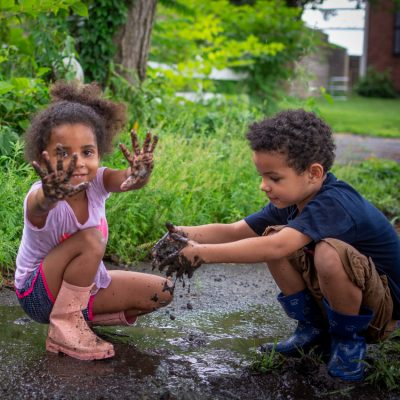 4 Reasons You Should Let Kids Get Dirty