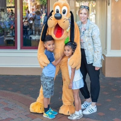 The Best Tips For Going to Disneyland with Little Kids