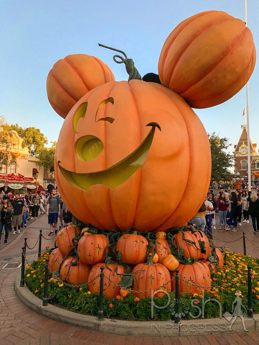 Halloween at Disneyland 2
