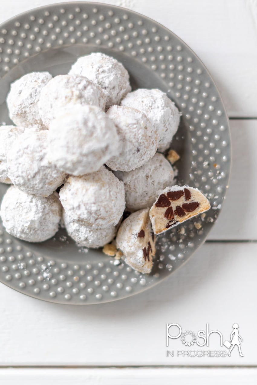 snowball cookies with chocolate chips