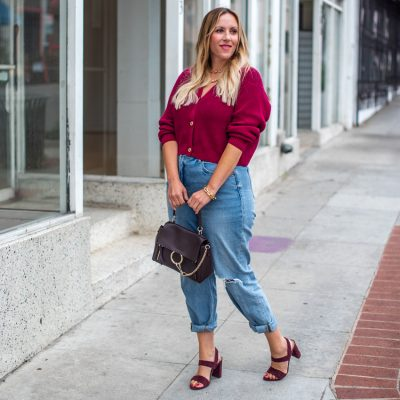 A Cropped V-Neck Sweater: 3 Impressive Reasons You Need One This Fall